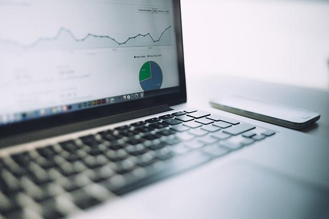 ウェブ解析の「平均ページ滞在時間」と「平均セッション時間」は何を基準に算出されているのか?