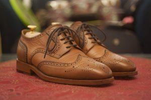 ふぞろいポッキーや大きめサイズの靴がECサイトへのリピーターを生んでいる。