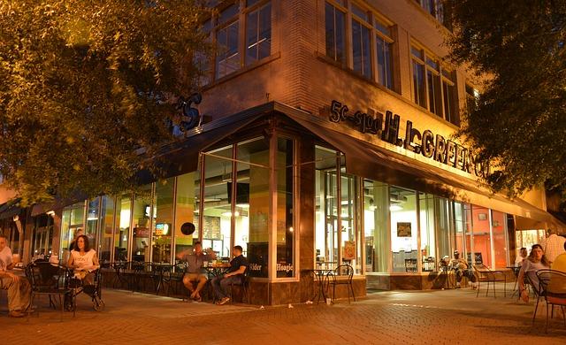インスタ映えする飲食店を探せるアプリ