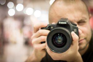 素人の写真がプロより20倍高く売れてしまうのが素人革命